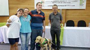 Feierliche Übergabe des Blindenhundes Cedar vom IFC (Instituto Federal Catarninense)